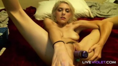 Flexible blonde Dani Stone puts her legs behind her head