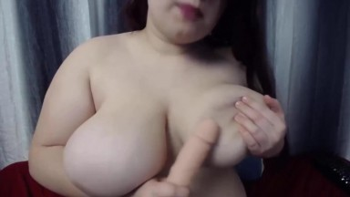 Dirty talk pro plumper gives good tittyfuck and gets cum