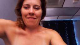 Friendly housewife Melanie with saggy tits drills pussy