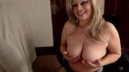 Moaning mature Saphireblu very good at erotic striptease