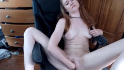 Charming gal Carrie fucking huge dildo and fisting pussy