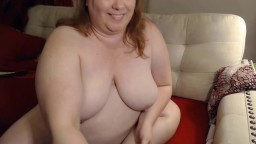 Sexy friendly curvaceous female who enjoys making it hot