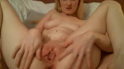 Submissive bubbly gal Zoe Kennedy that loves to have fun