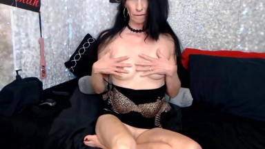 Gorgeous Savannah Bendz fisting and gaping a tight asshole