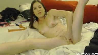 Hot fun real american babe Janey fucks her sweet pussy